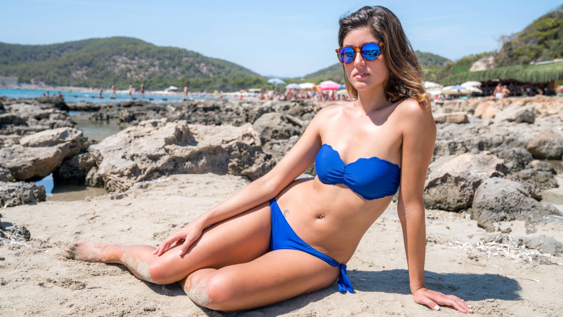 emma-d-blue-bikini-31