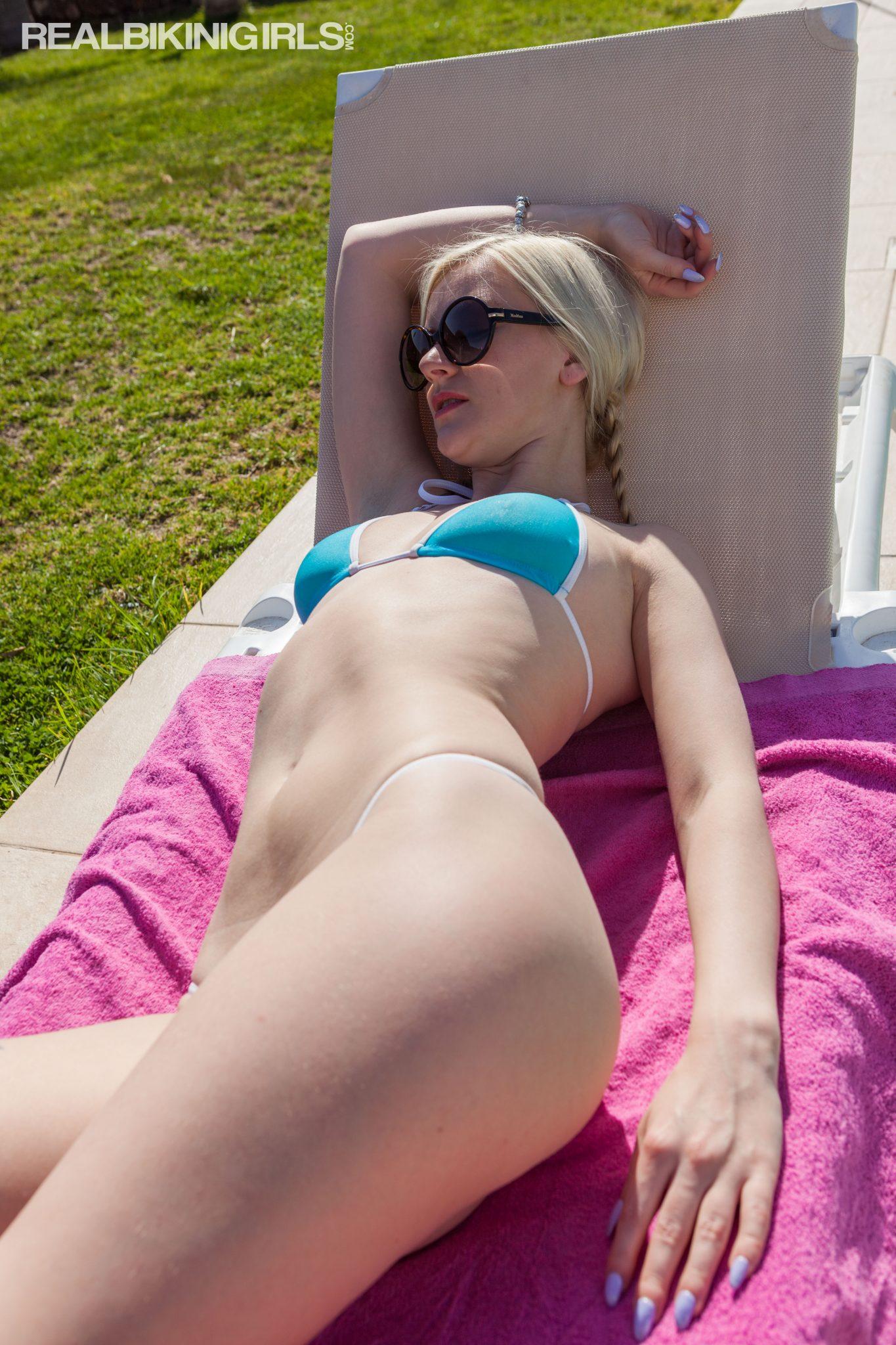 Week 47 Photo Updates- Sheer Girls, Relaxation, Topless -5123